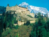 "Bus trips to the castle ""Burg Hohenwerfen"""